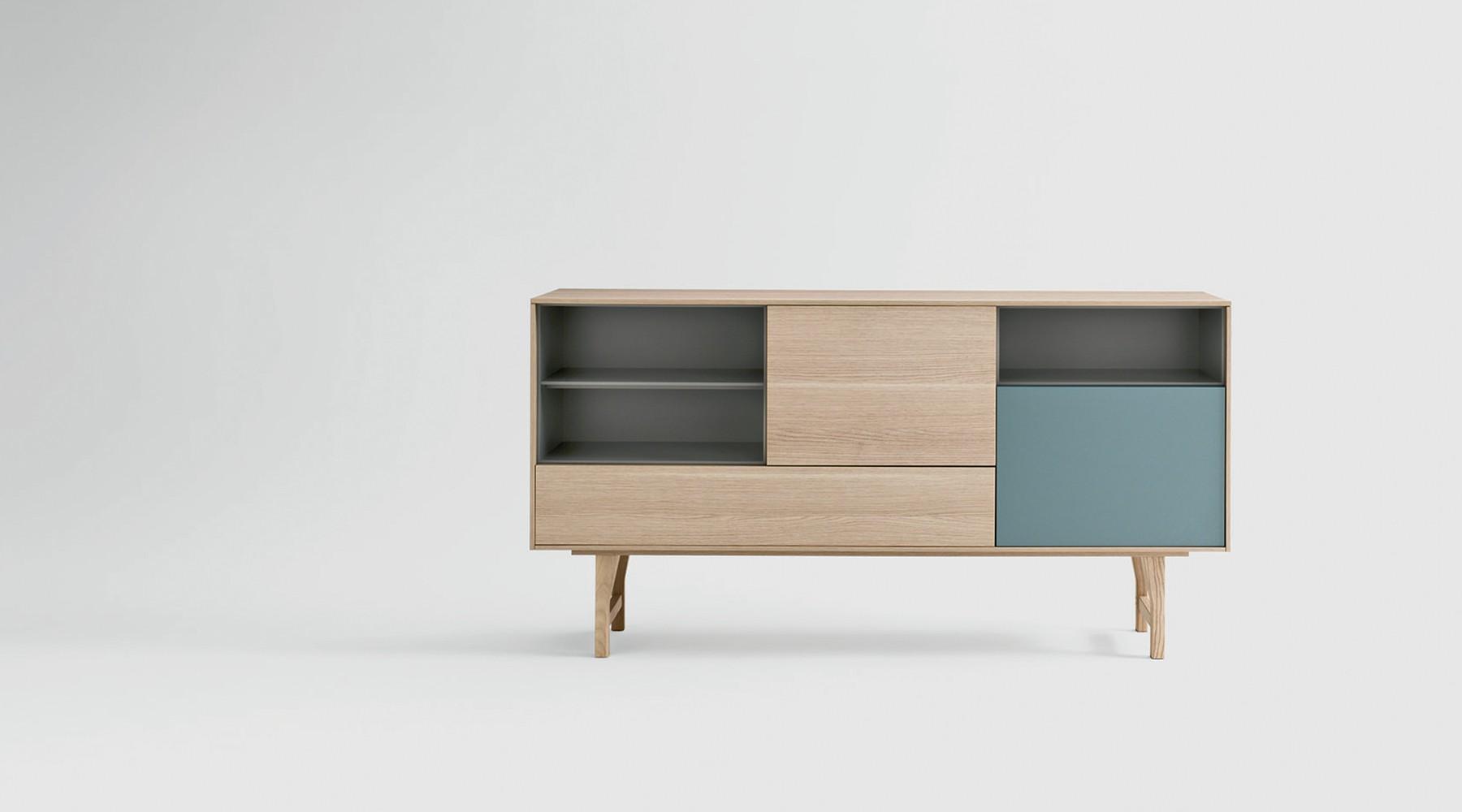 legno curvato e toni nordici in alcune novit novamobili supermobiliroma. Black Bedroom Furniture Sets. Home Design Ideas
